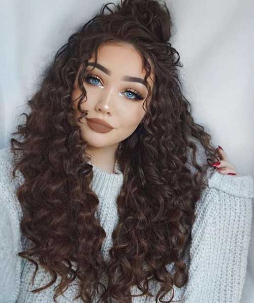 Hairstyles for Curly Hair-11