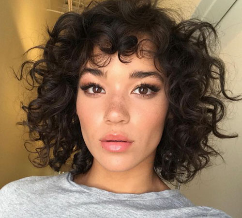 Images Of Short Hairstyles For Naturally Curly Hair